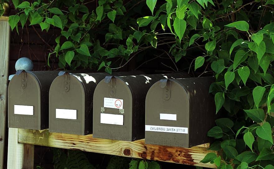 rangée boite aux lettres